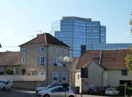 Hotel de la Tour, Dampierre-sur-Salon (рядом с городом Ray-sur-Saône)