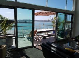 Sea View Princes Wharf