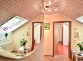 Appartement/Ferienwohnung, Metzingen (Grafenberg yakınında)