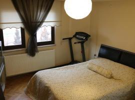 Best Room in Town, Karakusunlar Köyü
