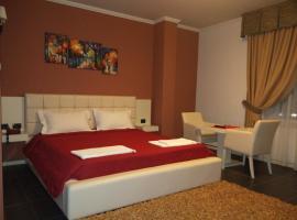 Hotel Mustang, Tiran (Vaqarr yakınında)