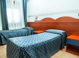 Camp's Hotel, Monte Compatri