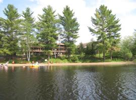 Spring Lake Resort, Dwight (Oxtongue Lake yakınında)