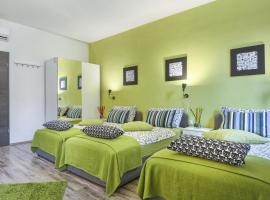 Top Center Rooms & Studio, Pula