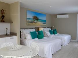 Ocean Z Boutique Hotel, Palm-Eagle Beach