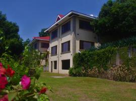 Hilltop Bed and Breakfast, Mambajao