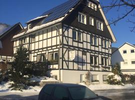 Gasthof Pension Plitt Schepers, Olsberg (Wulmeringhausen yakınında)
