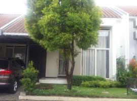 2 BR House at Kota Baru Parahyangan, Бандунг (рядом с городом Padalarang)