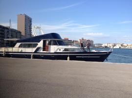 Yacht bateau moteur Benetti 19m