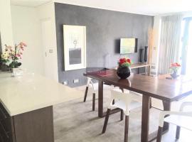 Beautiful 2 Bedroom Apartment, Аккра (рядом с городом Ridge)