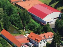 Hotel Mlyn - Jihlava, Vílanec (Čížov yakınında)