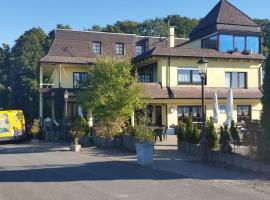 Landhotel Zum Doppeldecker, Kirchen (Katzwinkel yakınında)