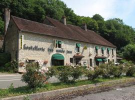 Logis Hostellerie des Monts Jura, Pannessières (рядом с городом Ший)