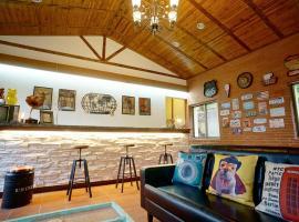 Hillside Plot Inn