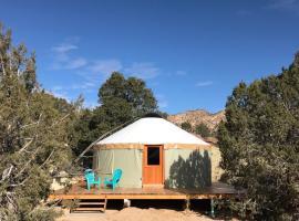 Escalante Yurts, Escalante