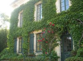 L'Appartement, Manoir de Longeveau, Aubeterre-sur-Dronne