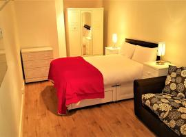 Feel At Home, Birmingham City Centre, Brindley Place
