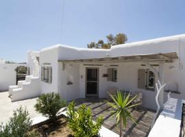 Cycladic beauty and tranquillity in Kostos, Paros, Maráthion
