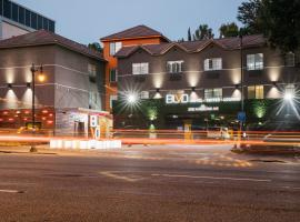 BLVD Hotel & Suites