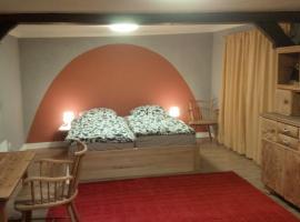 Gemütliche Gästezimmer in einem neu sanierten Fachwerkhaus, Sachsenheim (Zaberfeld yakınında)