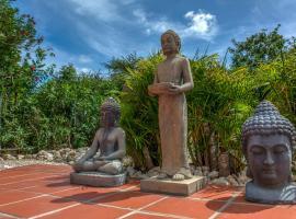 Buddha Garden - Adult Only, Willemstad (Vredeberg yakınında)