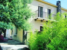 Grande maison catalane entre mer et montagne, Reynès