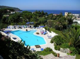 Hotel Parco Conte, Ischia (Lacco Ameno yakınında)