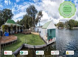 Mandurah Riverfront Holiday Rental, North Yunderup