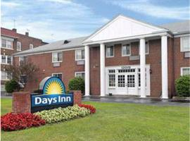 Days Inn Cleveland Lakewood, Lakewood