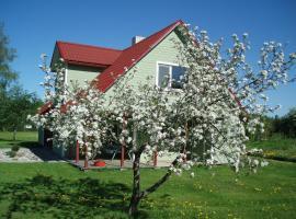 Välja Tourism Farm, Hiievälja (Järveküla yakınında)