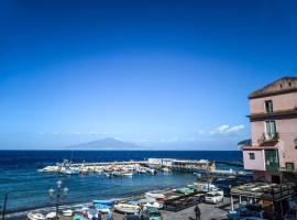 I 10 migliori appartamenti di sorrento italia for Appartamenti arredati napoli