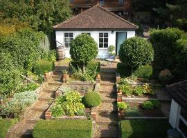 Bay Tree Cottage, Storrington