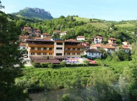 Family Hotel Enica, Teteven