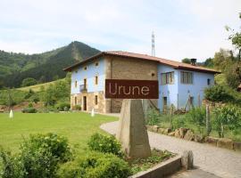 Hotel Urune, Múgica