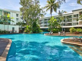 Palm Cove Beach Apartment