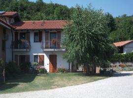 Casa Luis, Cividale del Friuli (San Pietro al Natisone yakınında)