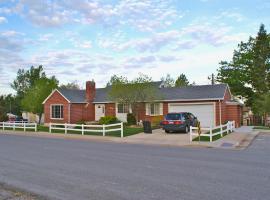 Quaint Older Home in Farmington, Farmington (in de buurt van Bountiful)
