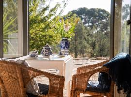 Oscars private spa villa - idyllic couples getaway, Hepburn Springs (Franklinford yakınında)