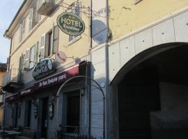 Hotel Excalibur, Revello