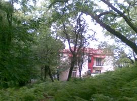 Orpheus Hotel, Терма (рядом с городом Kariotes)