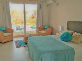 Unique Hotel & Suites