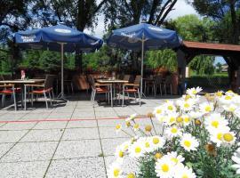 Uschi's Gasthof, Neuendorf