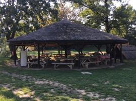 Tiszavirág Camping, Tiszalúc (рядом с городом Tiszadob)