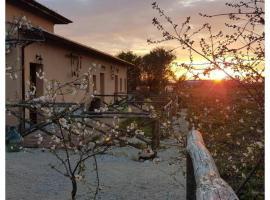 Casale Cavatella, Sermoneta (Sezze yakınında)