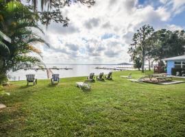 Pratt's Resort #6 - Shore Thing, Lake Placid