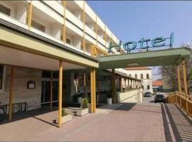 Hotel Atrium, Malacky (Jakubov yakınında)