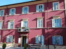 Ostello Villa Franceschini, Contigliano (Greccio yakınında)