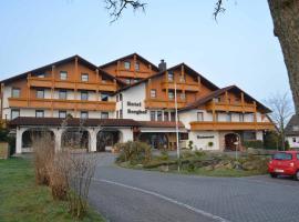 Hotel-Restaurant-Berghof, Petersberg (Dipperz yakınında)