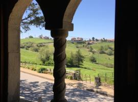 Posada Rural El Trenti de Corona, Valoria (La Virgen yakınında)