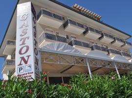 Hotel Gaston, Rimini (Rivabella yakınında)